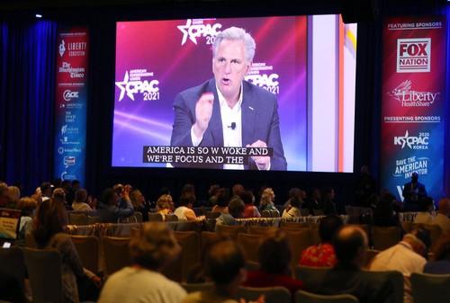 Liderul grupului republican din Camera Reprezentanţilor critică politicile SUA privind imigraţia şi vrea o întâlnire cu Joe Biden|EpicNews