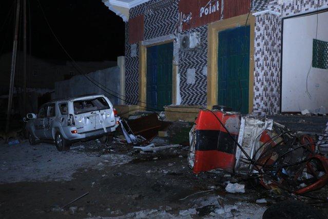 Cel puţin 20 de persoane ucise şi peste 30 rănite. O maşină-capcană a explodat în Mogadishu |EpicNews