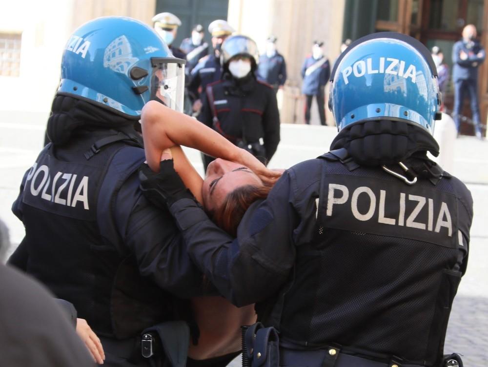 Violenţe în centrul Romei, în cursul unui protest faţă de restricţiile antiepidemice
