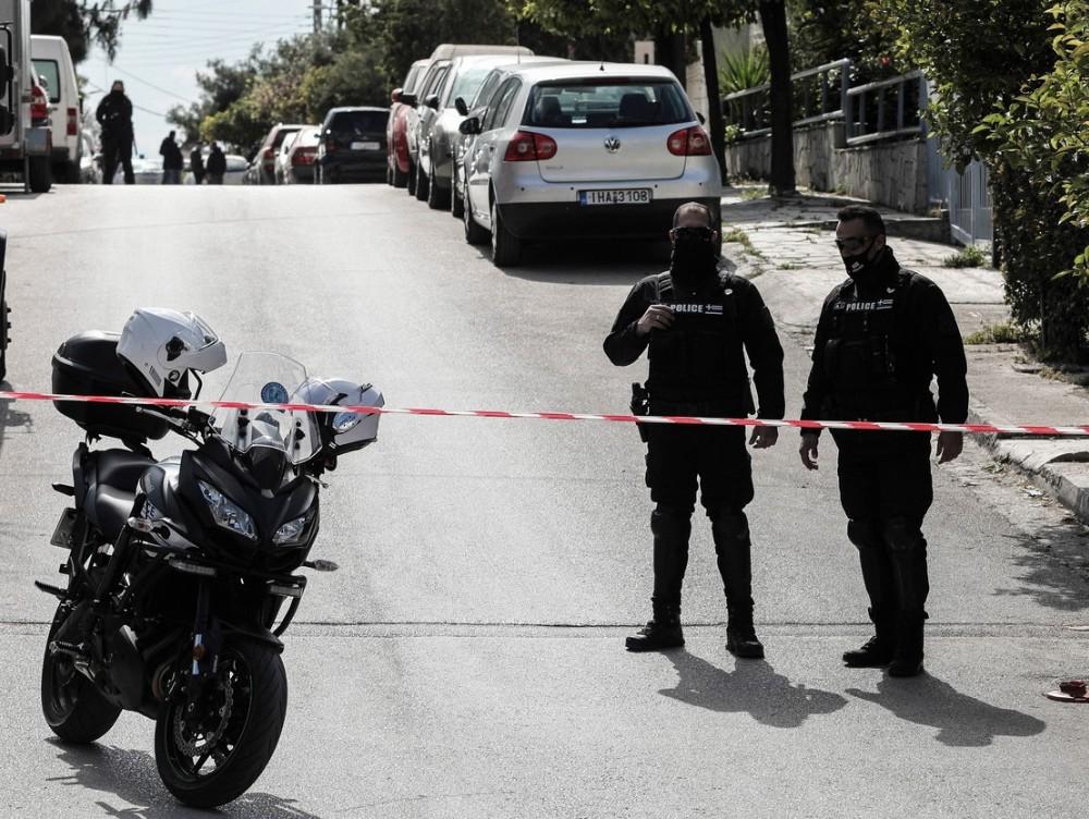 Un reputat jurnalist de investigaţii a fost împuşcat în Grecia