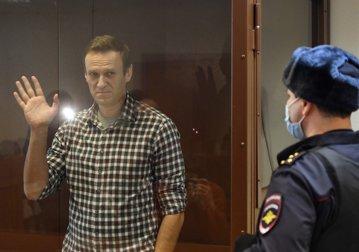 Avertismentul medicilor: Alexei Navalnîi ar putea muri în orice moment/ Criticul lui Putin ar avea nevoie de terapie intensivă