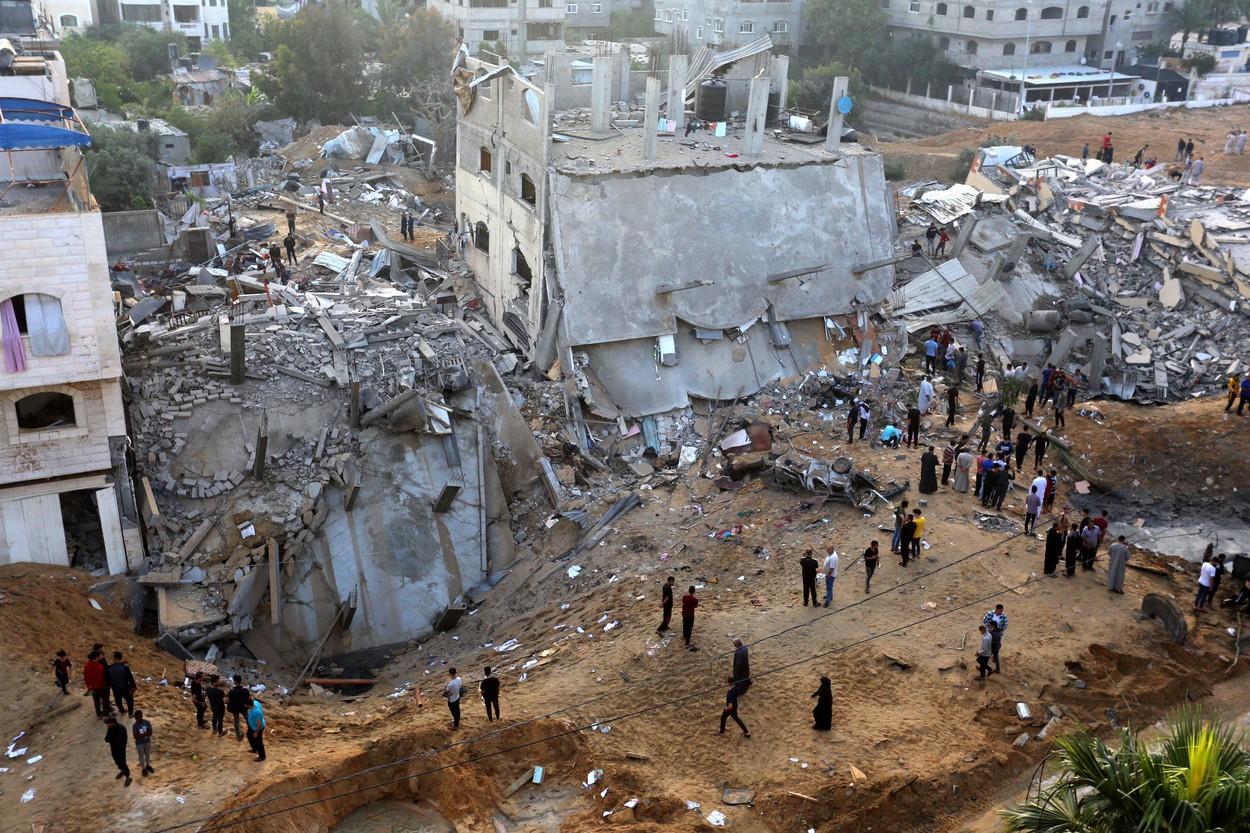 Vladimir Putin şi Antonio Guterres îndeamnă Israelul şi grupurile islamiste palestiniene să înceteze(...)
