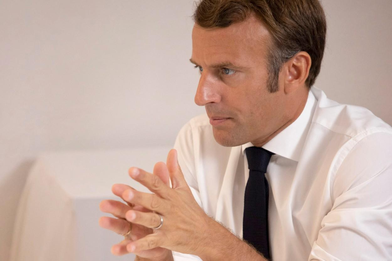 Emmanuel Macron condamnă atacurile asupra Israelului şi cere negocieri de pace