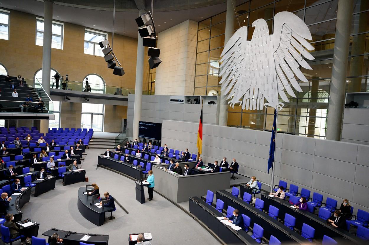 SUMMIT | UE vrea intensificarea cooperării cu ţări terţe în scopul limitării imigraţiei