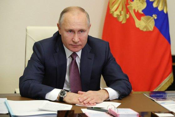"""Putin spune că marina rusă poate efectua """"lovituri imprevizibile"""" dacă este necesar"""