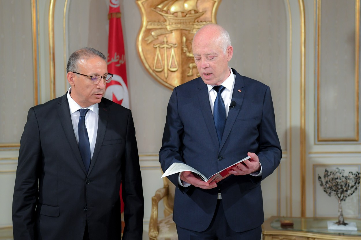 Statele Unite ale Americii fac presiuni asupra Tunisiei pentru a reveni pe calea democraţiei