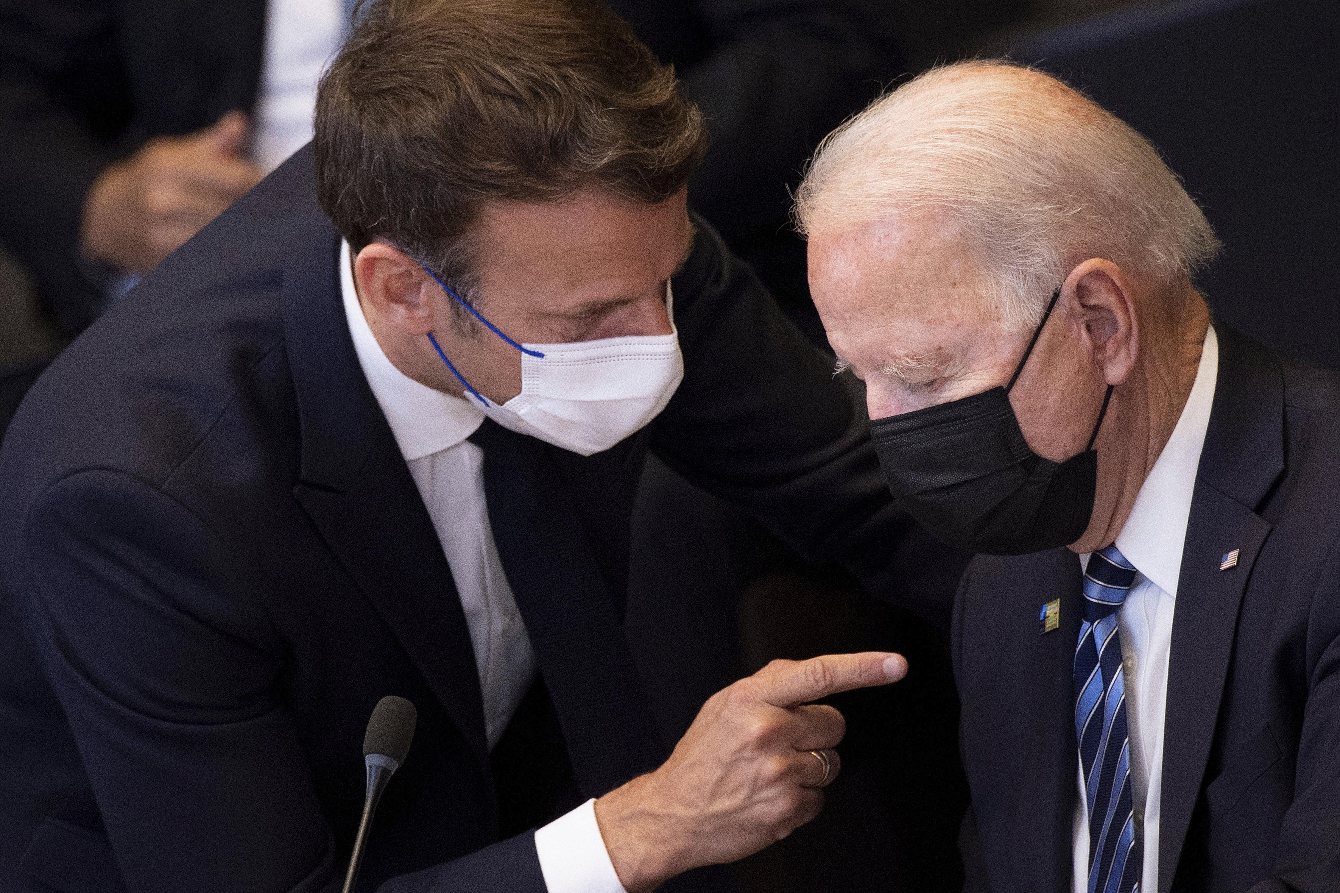 Preşedintele Franţei va discuta cu Joe Biden despre acordul submarinelor. Emmanuel Macron este nemulţumit că ţara sa a(...)