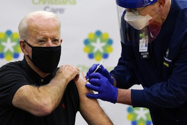 Joe Biden a primit a treia doză de vaccin anticoronavirus |EpicNews