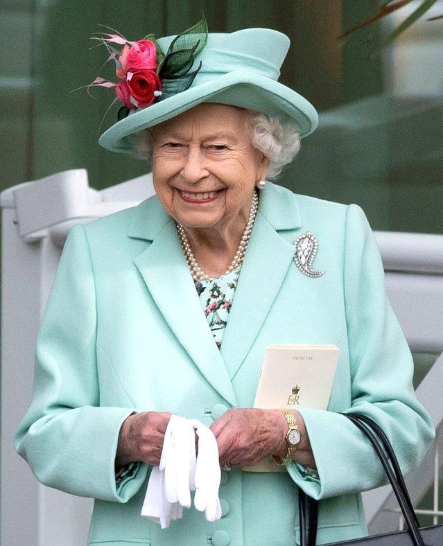 Regina Elisabeta a pierdut noţiunea timpului, într-un dialog cu Noua Zeelandă|EpicNews