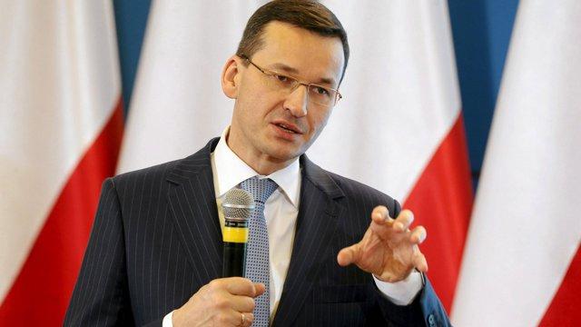 Premierul Poloniei evocă ideea unui război în disputele cu UE. Comisia Europeană denunţă retorica beligerantă |EpicNews
