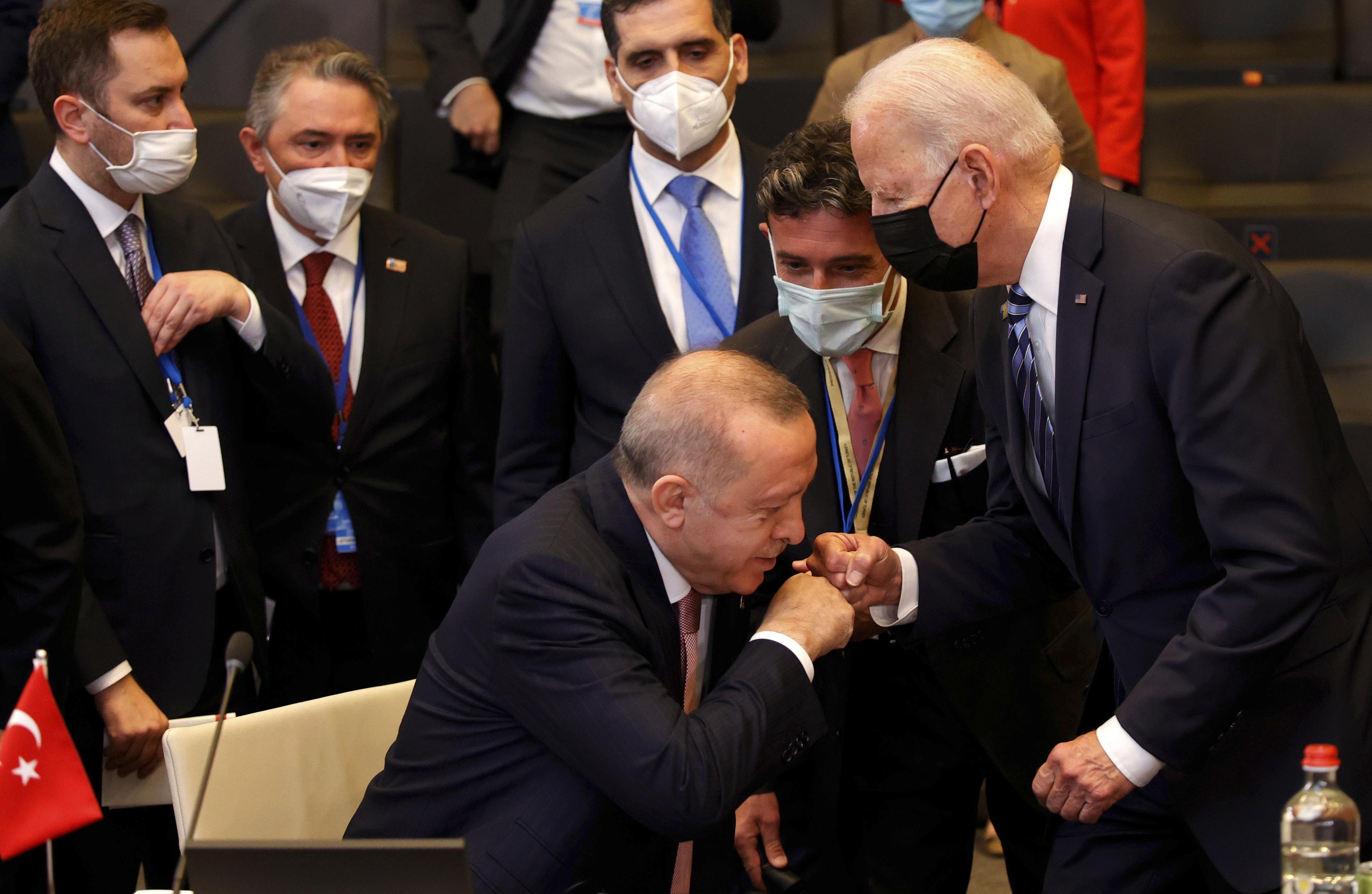 Recep Erdogan vrea să discute direct cu Joe Biden despre problema avioanelor F-35