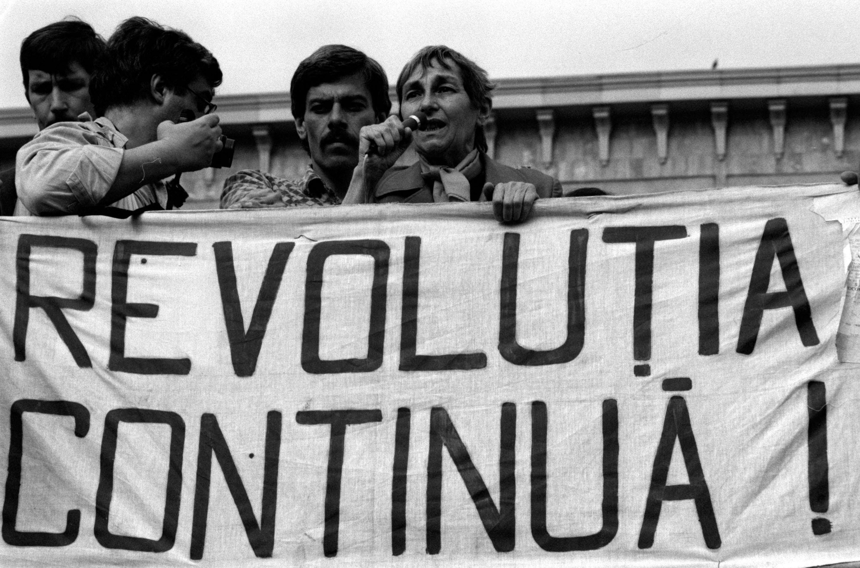 Tu ştii de ce ne-am luat raţia de libertate? Doina Cornea, glasul disidenţei anticomuniste, transmis printr-o păpuşă (Partea a III-a)