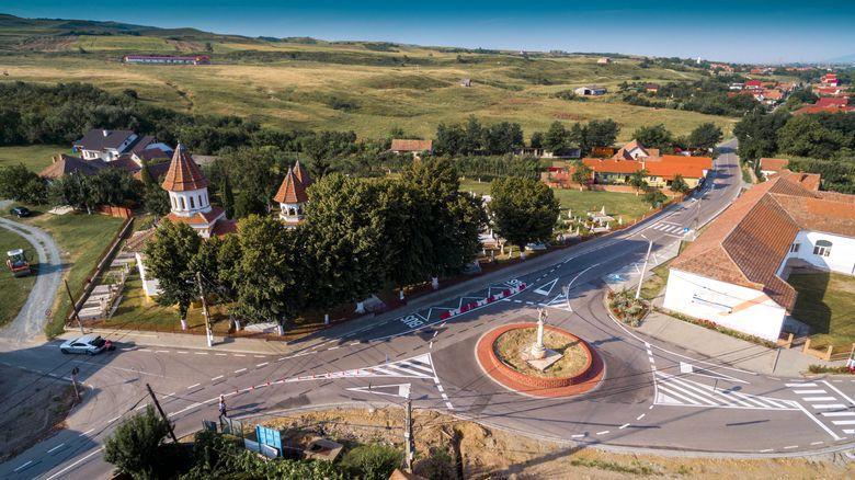 """#euprimar Primul """"smart village"""" din România. Cum a ajuns o comună să aibă """"Patrula Eco"""""""