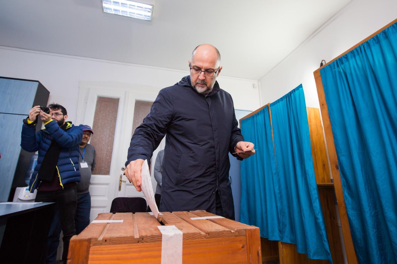 Alegerile prezidenţiale 2019. Kelemen Hunor a obţinut peste 400 de voturi într-un judeţ în care trăiesc doar 18 maghiari