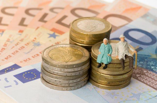Curs valutar BNR 25 noiembrie 2020: Urmăreşte cursul valutar pentru principalele monede. Evoluţia euro în raport cu leul
