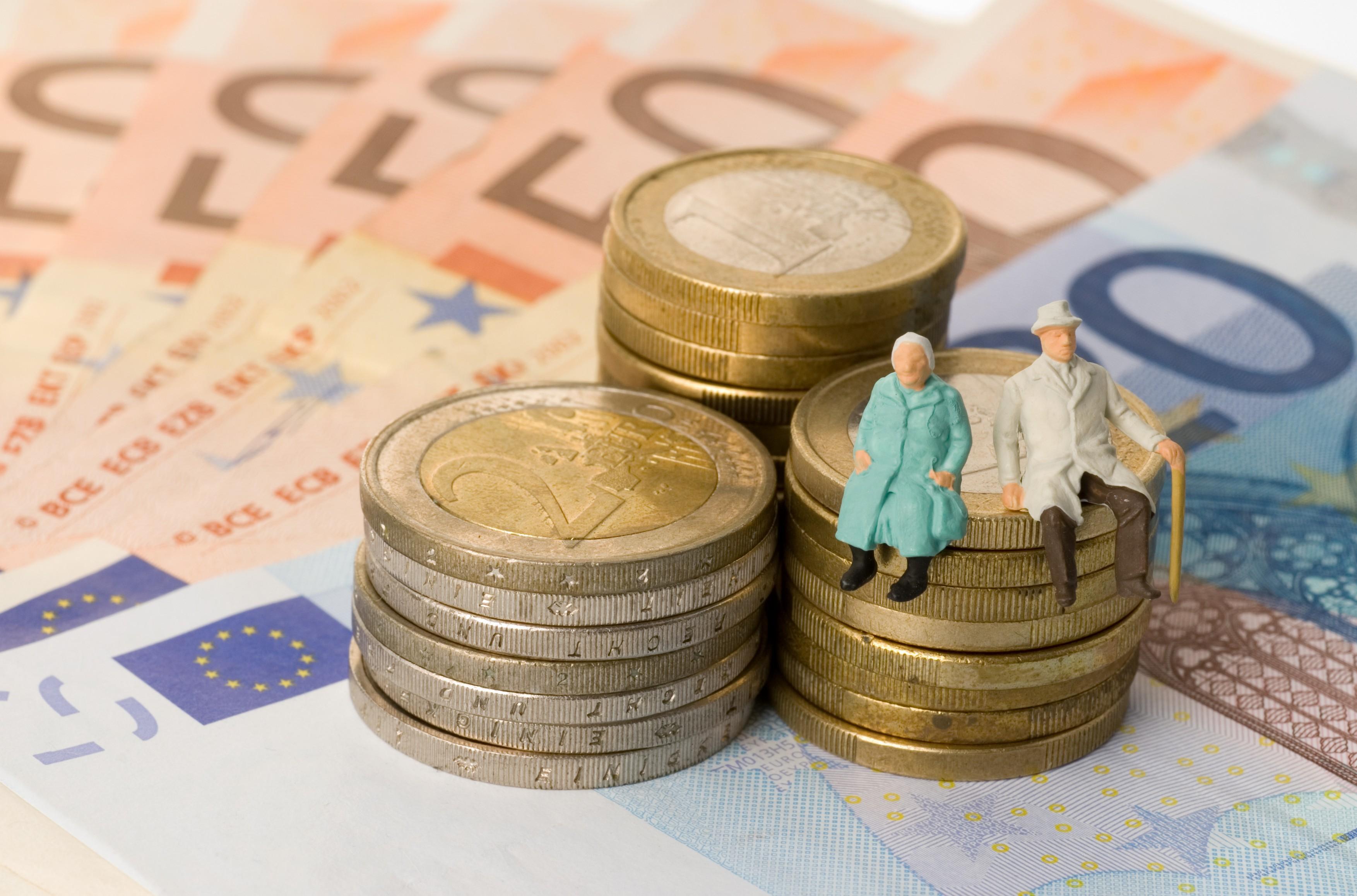 STUDIU DE CAZ: Risti pe o moneda exotica si castigi cota de piata romaneasca