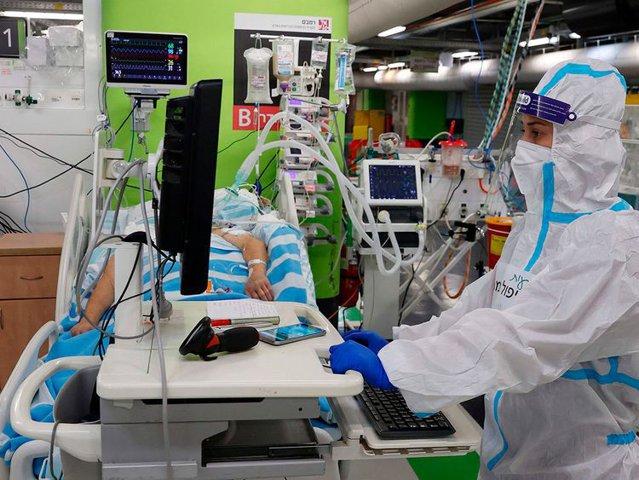COMENTARIU Lelia Munteanu: Contrar indicaţiilor Pfizer şi Moderna, gravidelor din Israel li se recomandă să se vaccineze
