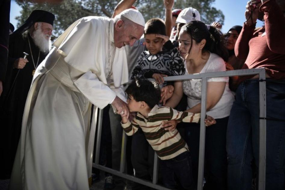 COMENTARIU Lelia Munteanu   Rugăciunea Papei pentru dezgheţarea inimilor