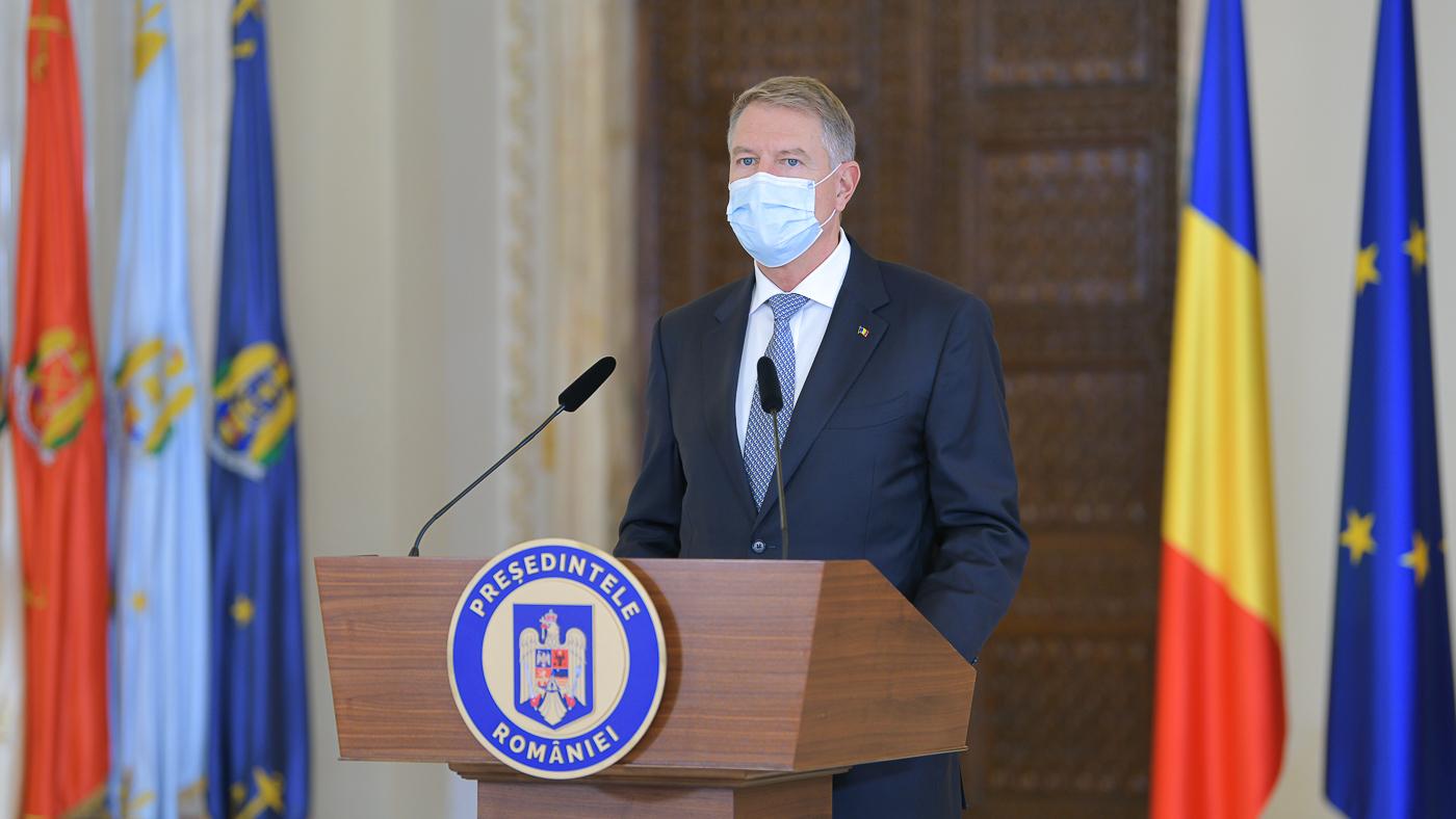 """COMENTARIU Marius Oprea. Revenit la serviciu, preşedintele Iohannis ne-a ţinut un discurs """"criminal""""!"""