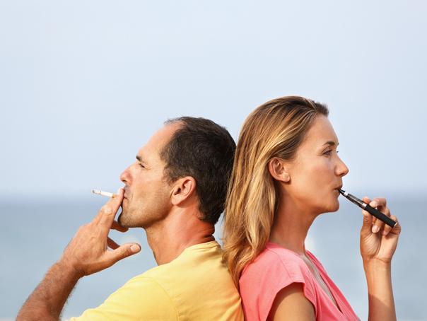 """Experţii mondiali fac apel la OMS să """"modernizeze"""" campania anti-fumat: """"OMS respinge o strategie de sănătate publică care ar putea evita milioane de decese"""""""