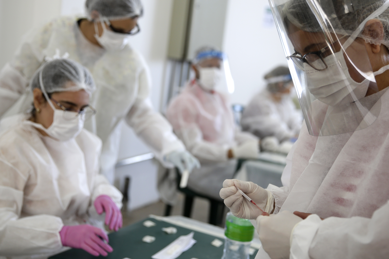 Autoritatea de reglementare a UE începe examinarea în timp real a medicamentului anti-COVID-19 de la(...)