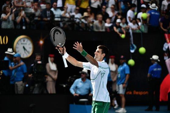 Imaginea articolului Novak Djokovic s-a calificat în optimile de finală de la Australian Open. Care va fi următorul adversar al fostului lider mondial