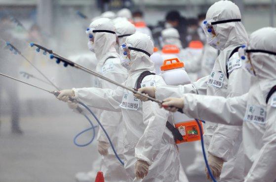 Imaginea articolului Şase greşeli grave, făcute de ţări, care au dus la pandemia COVID-19