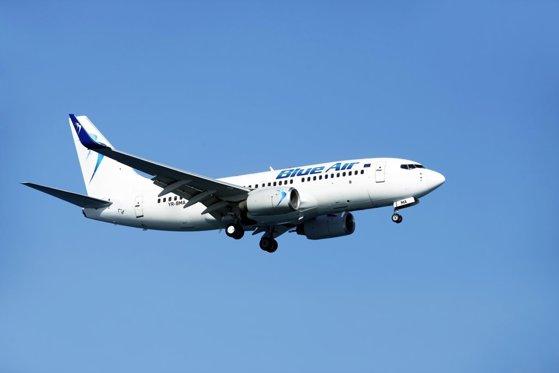 Prima companie aeriană românească, îngenuncheată de criză: are nevoie de un credit de salvare de 60 de milioane de euro pentru a supravieţui