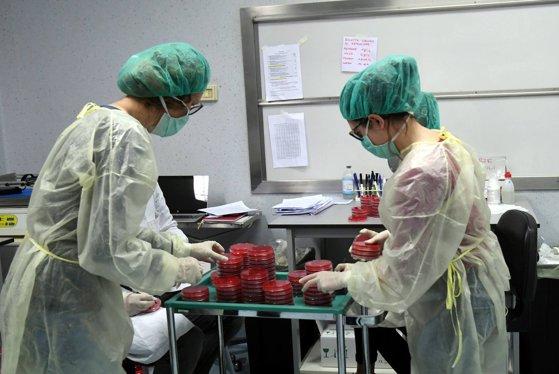 Bilanţul a ajuns la 18.279 de morţi în Italia.  În total, sunt 143.626 de cazuri de coronavirus