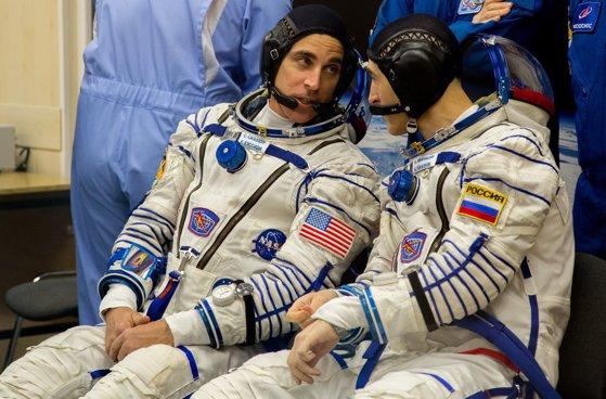 Coronavirus în spaţiu? O capsulă Soyuz cu trei astronauţi la bord a fost lansată spre ISS, în pofida pandemiei