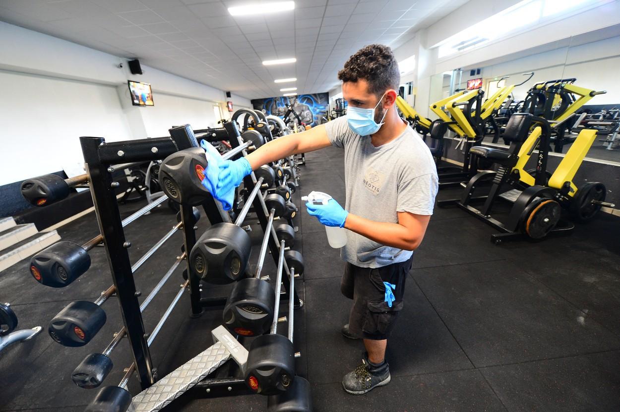 Măştile ar putea fi utilizate şi în timpul exerciţiilor intense - STUDII