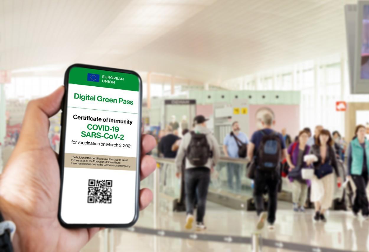Certificatul verde european nu va uşura intrarea în orice ţară. OMS nu  susţine introducerea unui certificat COVID-19