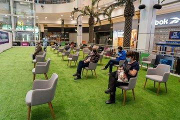 Ţara care a deschis centre de vaccinare împotriva COVID-19 la intrare în mall-uri şi pieţe