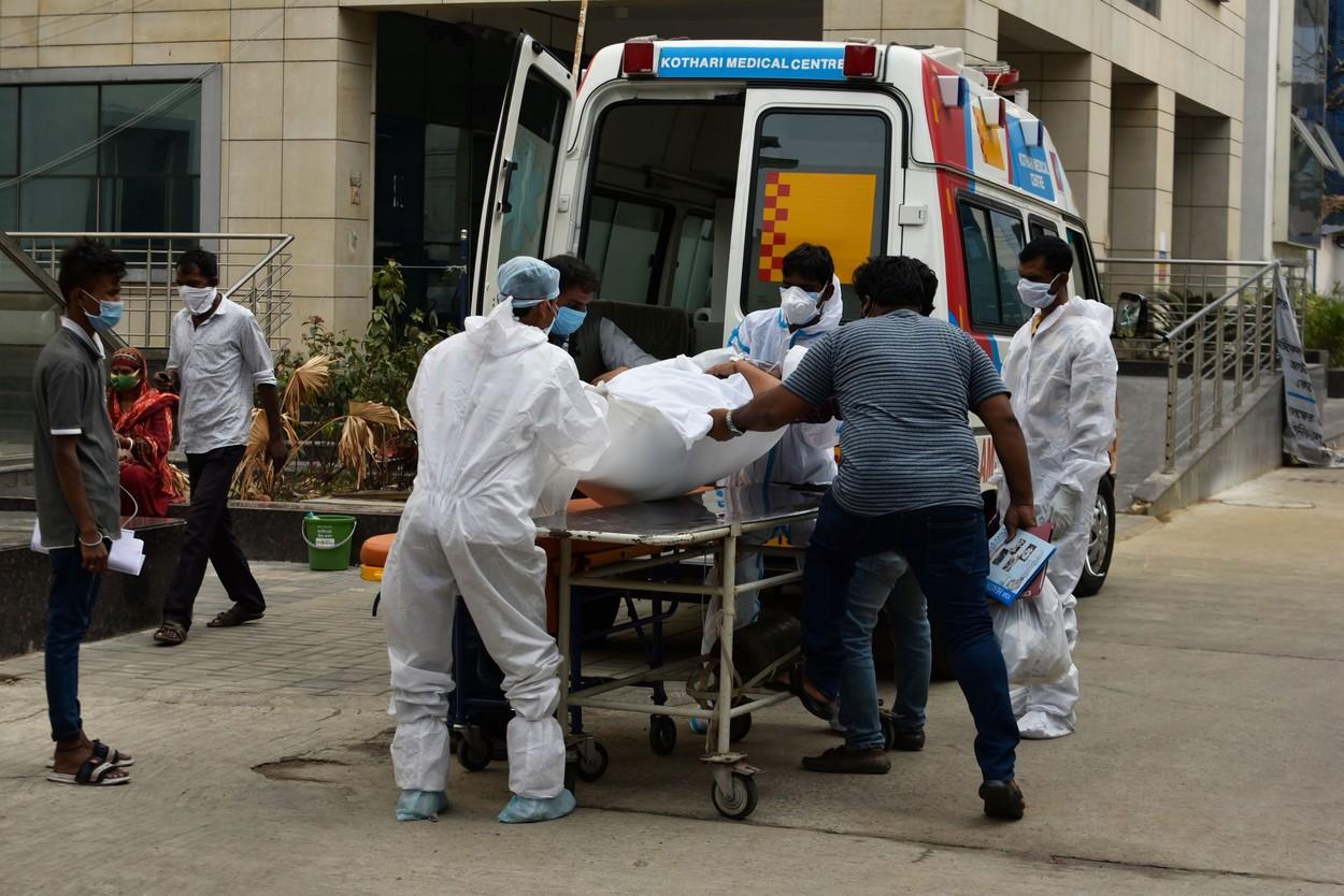 India, cel mai mare număr de cazuri de coronavirus din lume pentru a doua zi consecutiv. / 12 persoane au murit în(...)