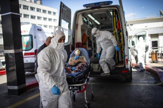 Coronavirus în România 12 octombrie 2021. RECORD de cazuri şi decese. Peste 400 de români răpuşi de COVID în 24 de ore