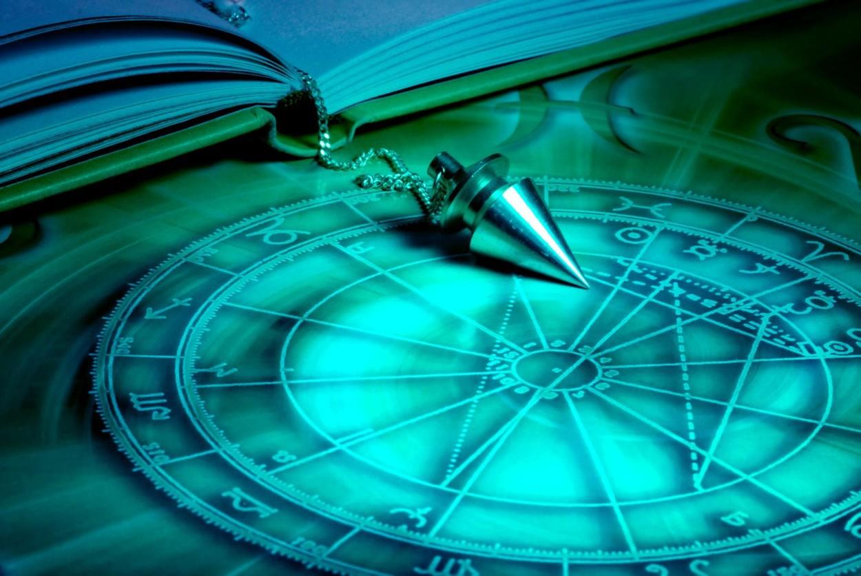 HOROSCOP 8 mai: Zodii care trebuie să aibă grijă în cine au încredere. Riscă să fie dezamăgite