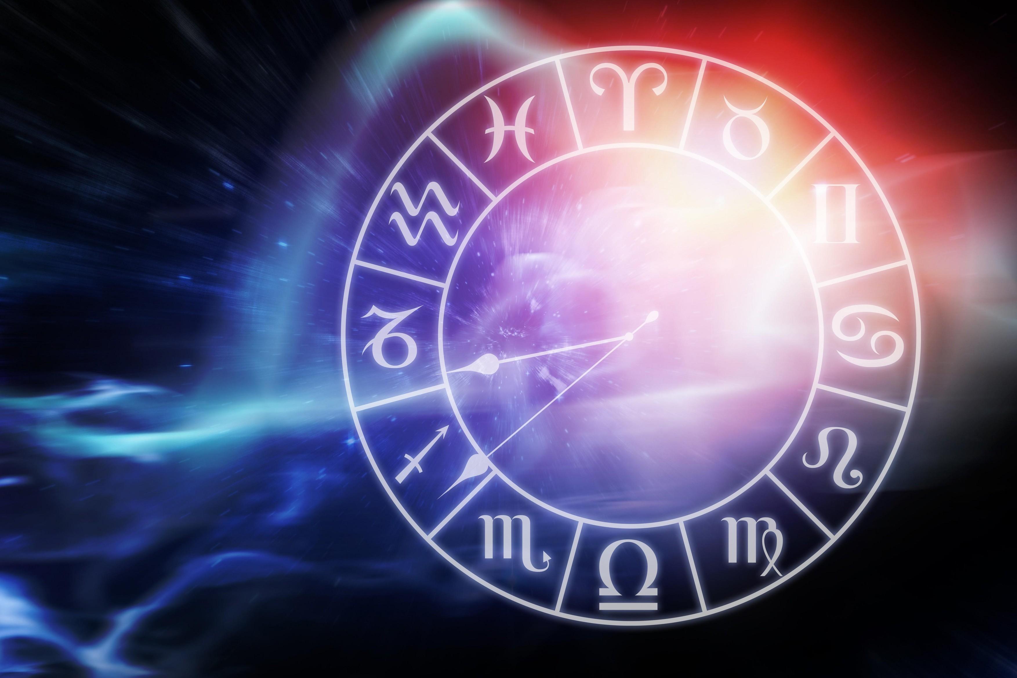 HOROSCOP 21 iunie. Soarele intră în Rac. Sentimentele ajung să le conducă pe zodii