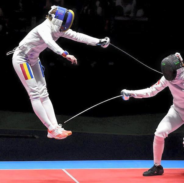 ULTIMĂ ORĂ. La un pas de aur: Spadasina Ana Maria Popescu s-a calificat în finala olimpică