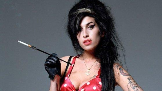 Imaginea articolului Amy Winehouse revine pe scenă sub formă de HOLOGRAMĂ, într-un turneu mondial