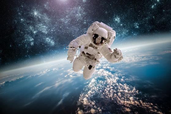 Imaginea articolului Trei astronauţi au revenit cu bine pe Terra, după o misiune de şase luni la bordul ISS