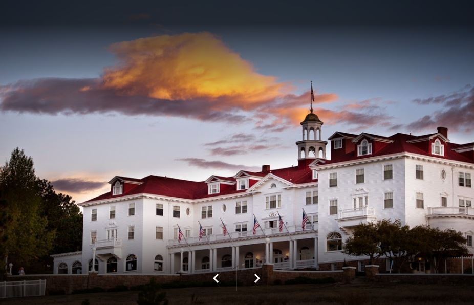Şase destinaţii turistice pentru fanii dedicaţi ai scriitorului Stephen King: Ce capodoperă a inspirat Hotelul Stanley