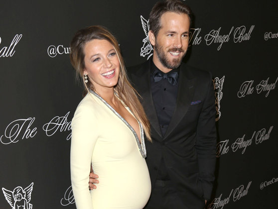 Imaginea articolului Blake Lively şi Ryan Reynolds au devenit părinţi pentru a treia oară. Cuplul mai are două fete