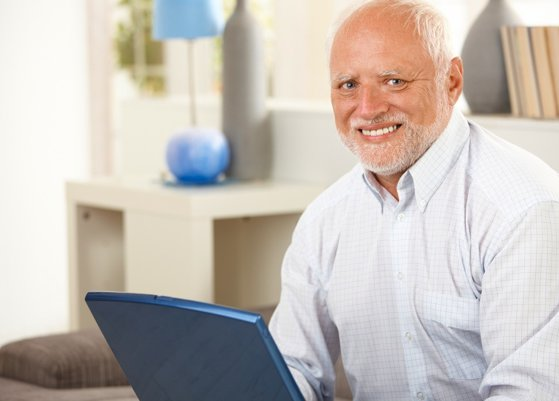 """Imaginea articolului Puterea meme-urilor: Povestea bărbatului din spatele """"Hide the Pain Harold"""" şi cum a ajuns viral pe reţelele de socializare"""