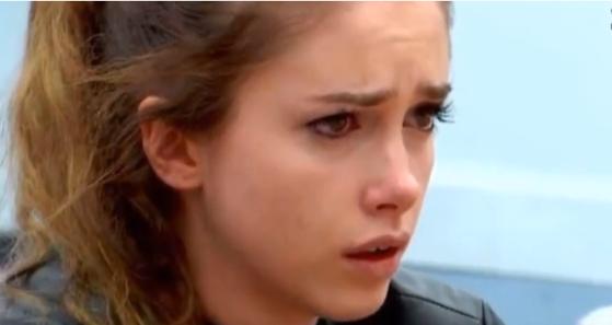 Imaginea articolului Concurentă Big-Brother, pusă în faţa unei înregistrări care surprinde propriul viol. Producătorii emisiunii şi-au recunoscut vina