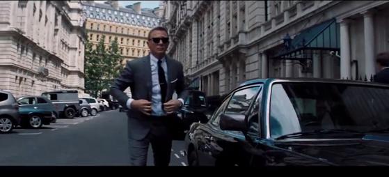 """Imaginea articolului VIDEO   Au apărut primele imagini oficiale din viitorul film """"James Bond"""" cu Daniel Craig"""