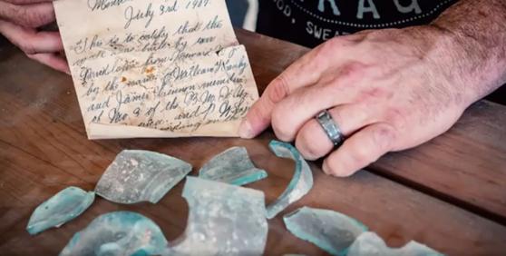 Imaginea articolului VIDEO. Mesajul care a stat ascuns într-o sticlă de bere mai bine de un secol. Unde va fi expusă scrisoarea