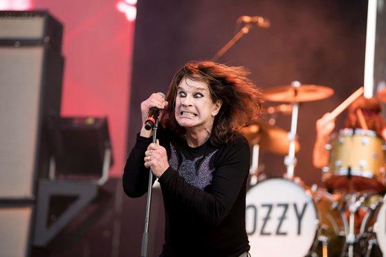 Ascultă SMART RADIO. Ce sumă oferă Ozzy Osbourne pentru returnarea chitarelor lui Randy Rhoads familiei acestuia