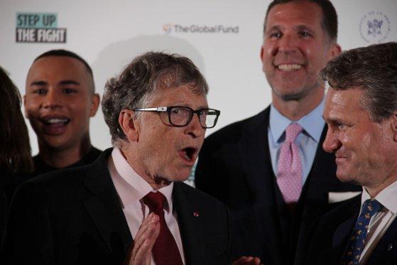 """Imaginea articolului Cum au ajuns susţinătorii lui Donald Trump să dea vina pe Bill Gates pentru coronavirusul din China. Ce """"dovezi"""" au"""