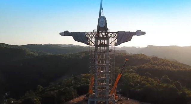 A treia cea mai înaltă statuie a lui Hristos se construieşte în Brazilia. Va fi mai mare decât cea din Rio|EpicNews