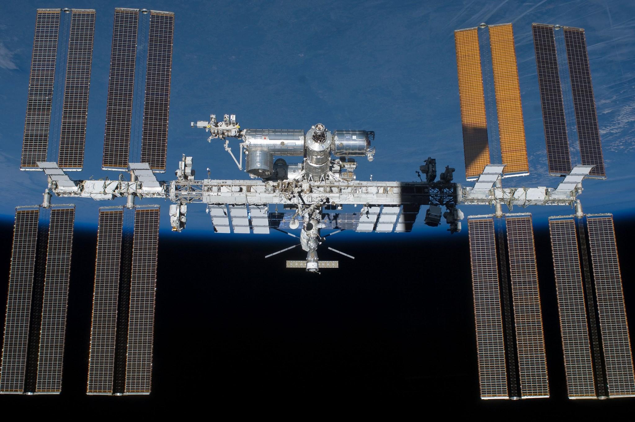 NASA pregăteşte două plimbări în spaţiu, în această săptămână. Care sunt obiectivele